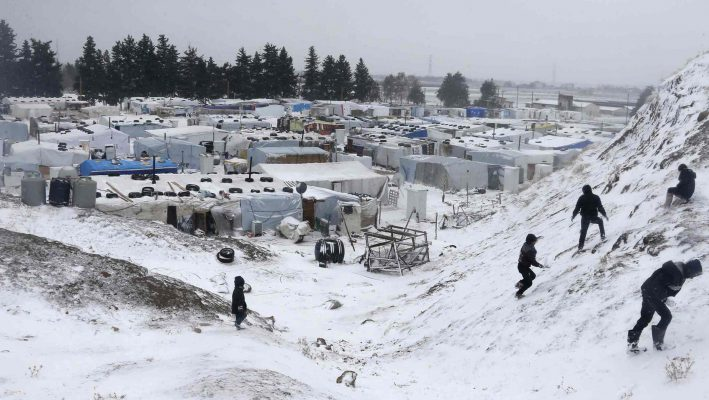 Syrian refugees struggle to survive harsh winterimage