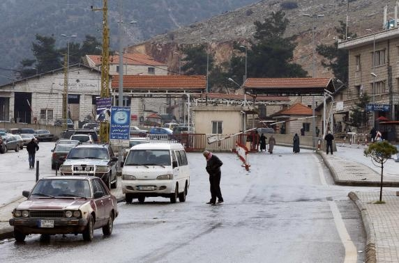 Lebanon implements new controls at Syrian borderimage