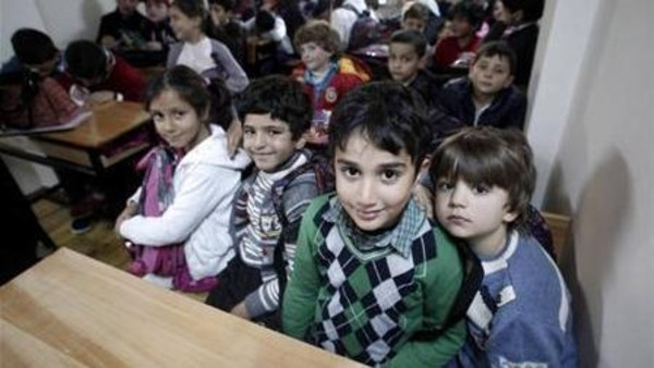 Turkey resorts to running double-shift classes for Syrian refugee childrenimage