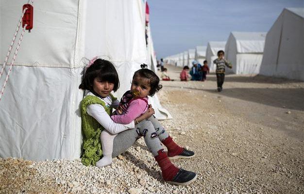 EU should shoulder responsibility in Syrian refugee crisisimage