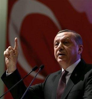 Erdogan Attacks West for not Taking more Syrian Refugeesimage