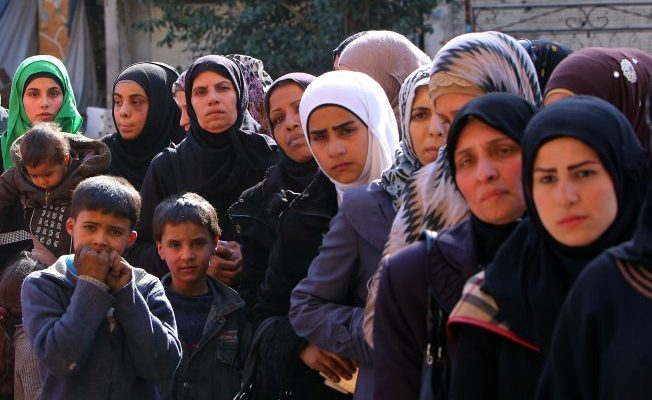 Refugee Women and Children Suffer as Syrian Civil War Enters Fifth Yearimage