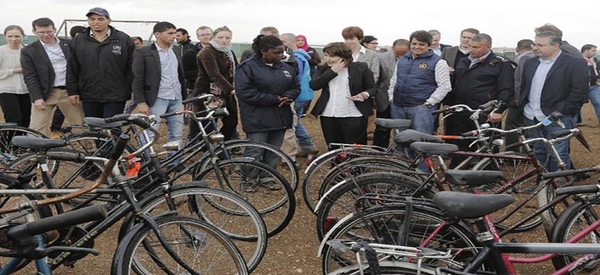 Dutch bikes given to Syrian refugee camp in Jordanimage
