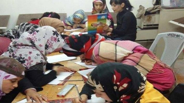 A Syrian Refugee Artist transforms her house into Atelier for children, Zaatari Campimage