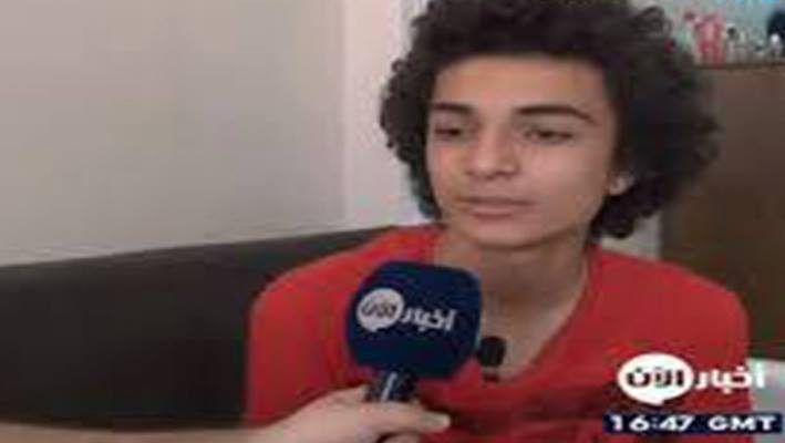 A Syrian boy learns programming languages without a PC !image