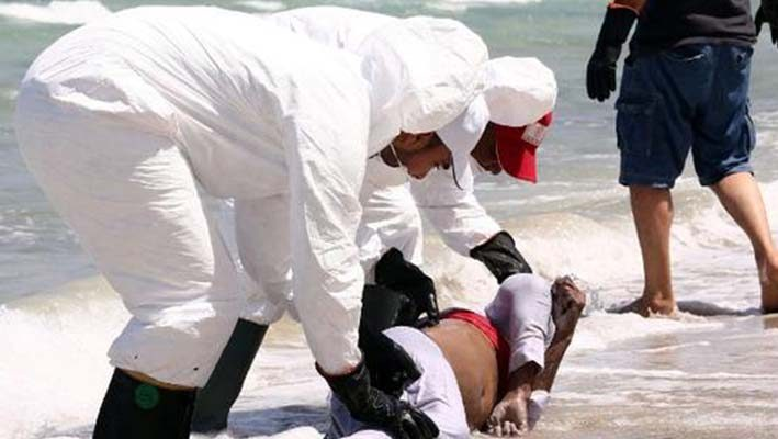 Twelve Syrian refugees die in Turkish waters trying to reach Europeimage