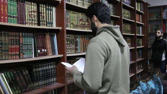 People of Darya challenging the barrels and snipers.. And build a library of 11 thousand booksimage