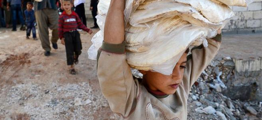 Turkish aid agency campaigns for flour donations to Syriaimage