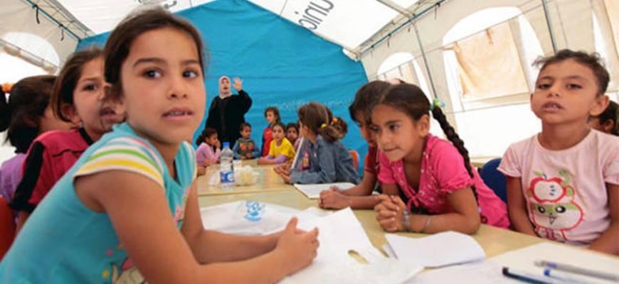 """Sendyan"" Virtual University for Syrians in Campsimage"