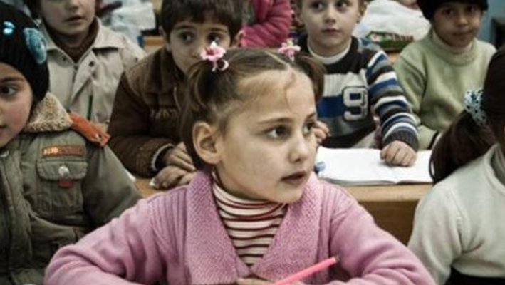 About 260,000 Syrian children are being educated in Turkeyimage