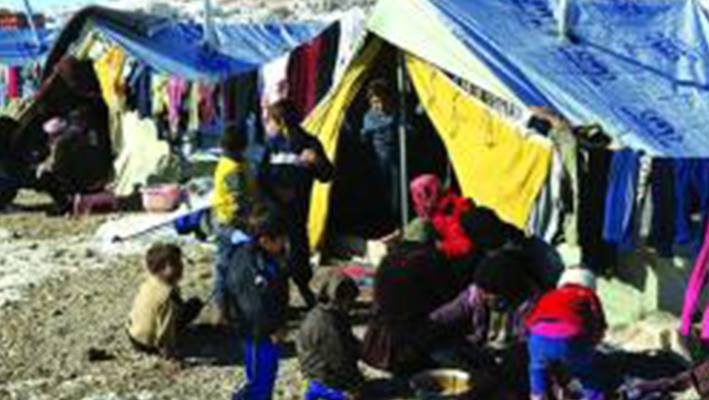Syrian refugees in Lebanon dream of having heatersimage