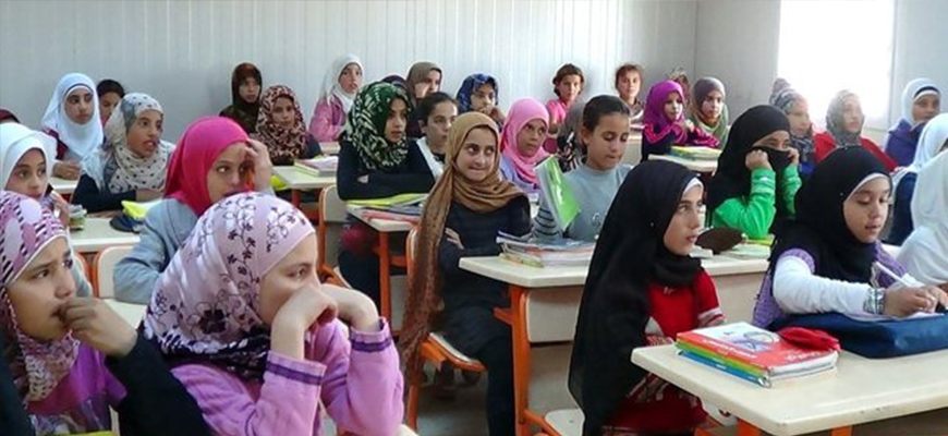 Turkey reaches out to Syrian children not attending schoolimage
