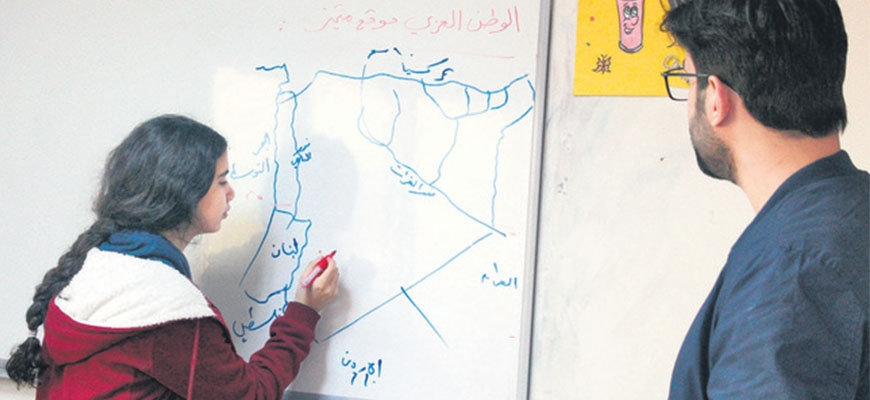 Foundation's school ensures the future of Syrian refugee childrenimage