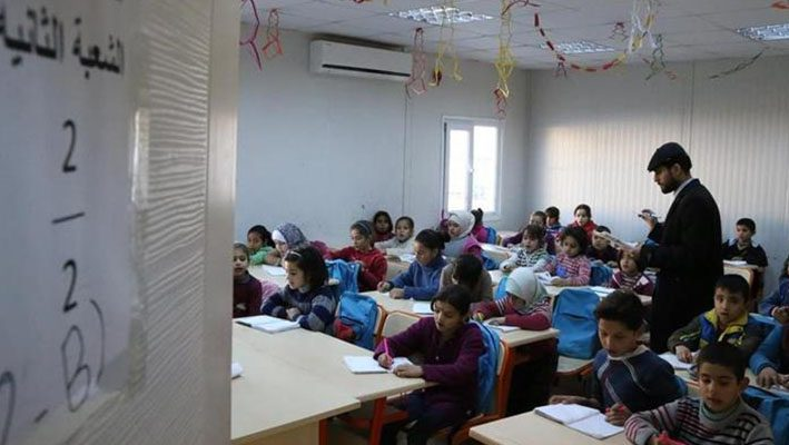 Turkey provides education for 300,000 Syrian refugeesimage