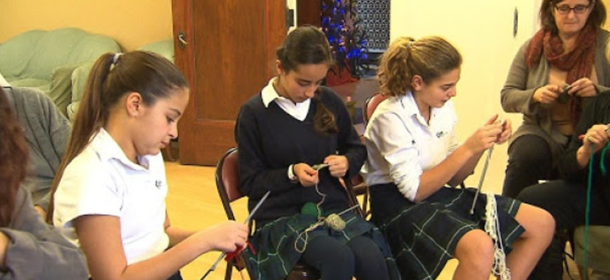 Westmount private school knits tuques for Syrian refugeesimage